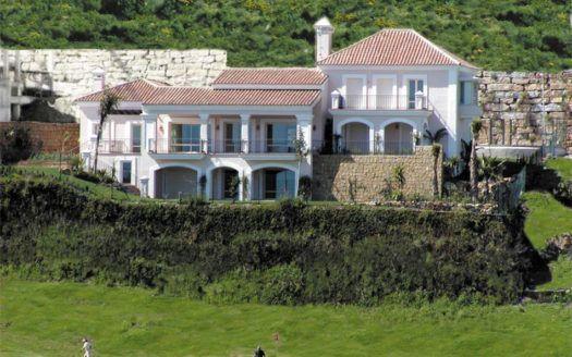 ARFV1666-1 - Villa en venta en La Alqueria en Benahavis