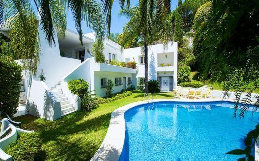 ARFV1735 - Hermosa villa en venta en Río Real en Marbella