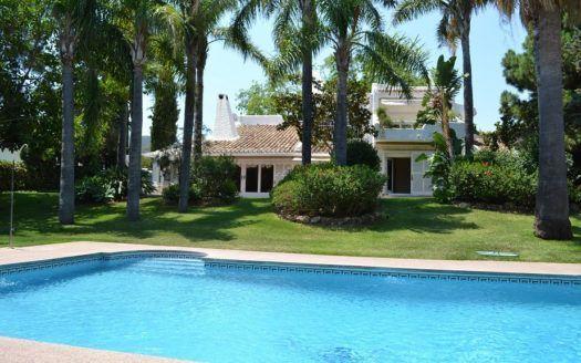 ARFV1839 - Fantástica villa en venta en Río Real en Marbella