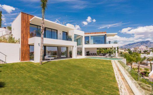 ARFV1983 - Moderna villa de lujo en venta en La Alquería en Benahavis