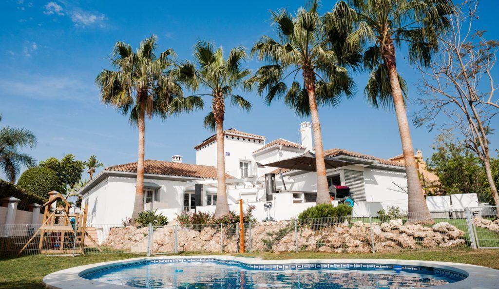 ARFV1898 - Fantástica villa de lujo en venta en Río Real en Marbella