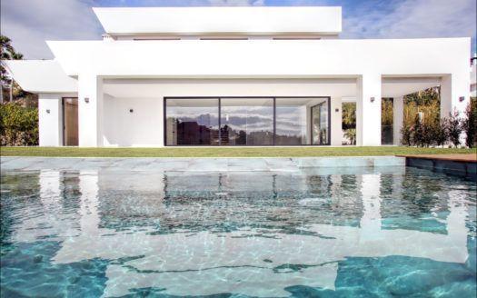 ARFV1853 - Se vende villa nueva en La Alquería en Benahavis