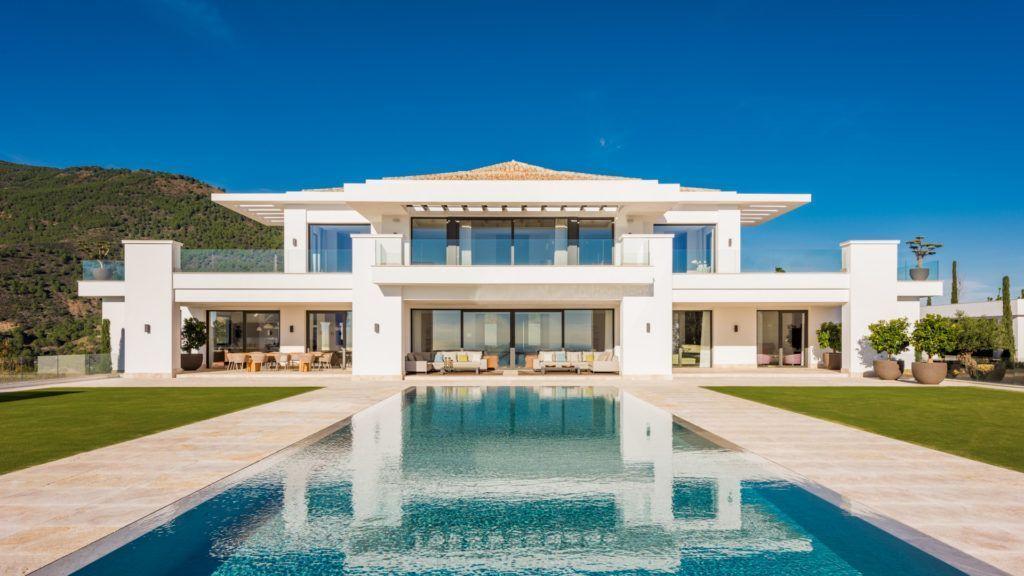 ARFV2098 - Villa de superlativos en venta en La Zagaleta en Benahavis