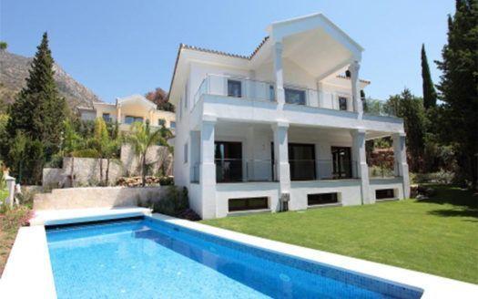 ARFV1538 - Villa en venta en Cascada de Camojan en Marbella con vistas al Marbella