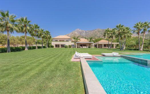 ARFV1971 - Espléndida villa en venta en la Quinta de Sierra Blanca en Marbella en la Milla de Oro
