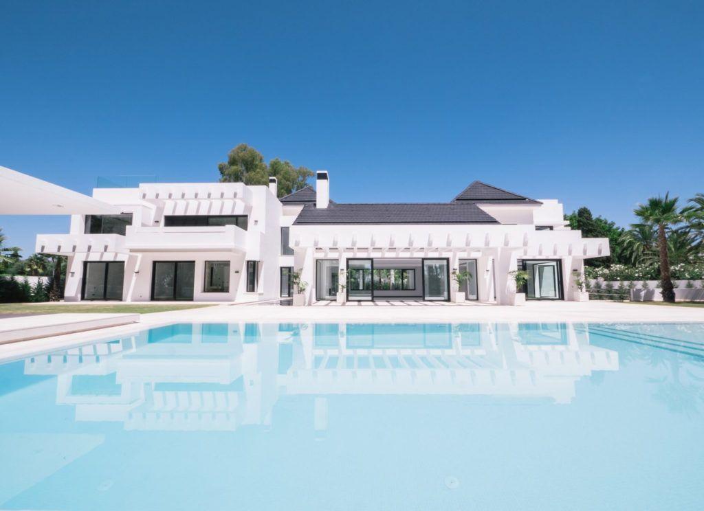 ARFV1861 - Fantástica villa moderna de lujo en venta en Guadalmina Baja