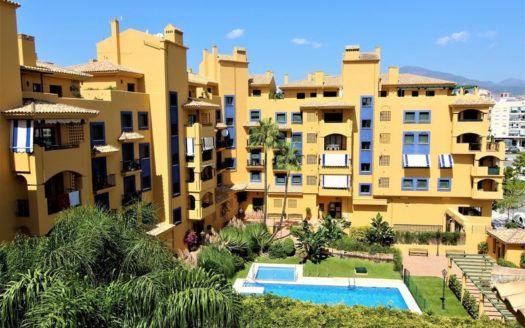 ARFA1372 - Apartamento de ciudad en San Pedro frente a la playa en venta