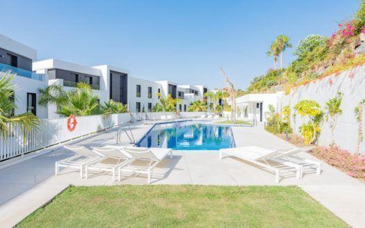 ARFA1398 - Hermoso apartamento con vistas al mar en venta en Nueva Andalucía en Marbella