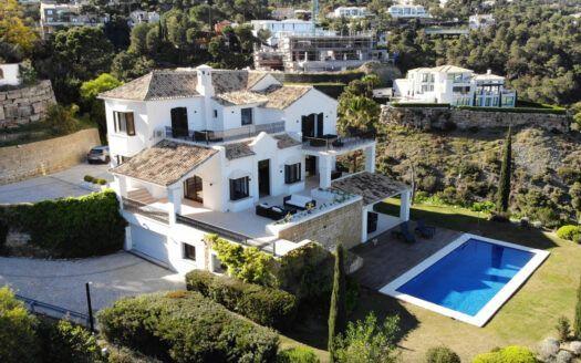 ARFV2187 Espectacular villa de lujo en Urb. El Madroñal en Benhavis