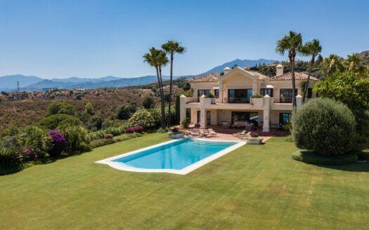 ARFV2209-353 Villa de lujo con vistas espectaculares en la milla de oro de Marbella